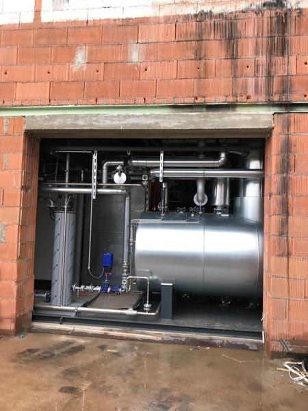 Hagelschuer Referenz für Bau- und Ziegelindustrie Außenansicht von verbautem Dampfkessel
